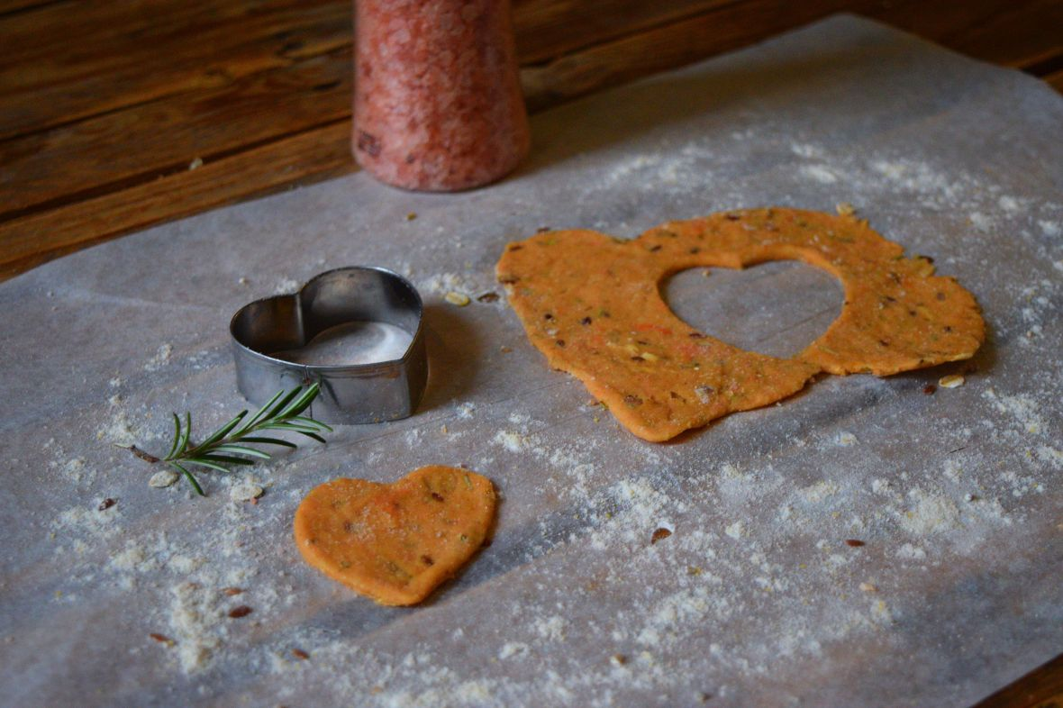 snappy-sweet-potato-crackers
