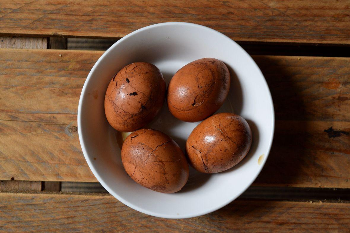 Lapsang souchong tea eggs